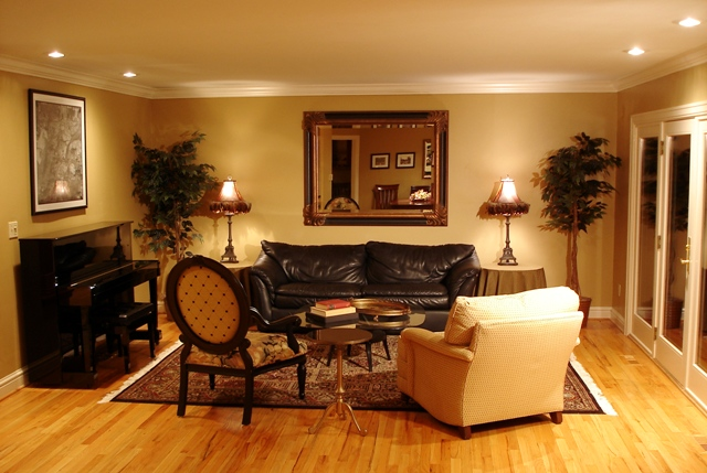 tips to furnish your home in affordable cost Compliment your Home Furnishing with your own Creativity