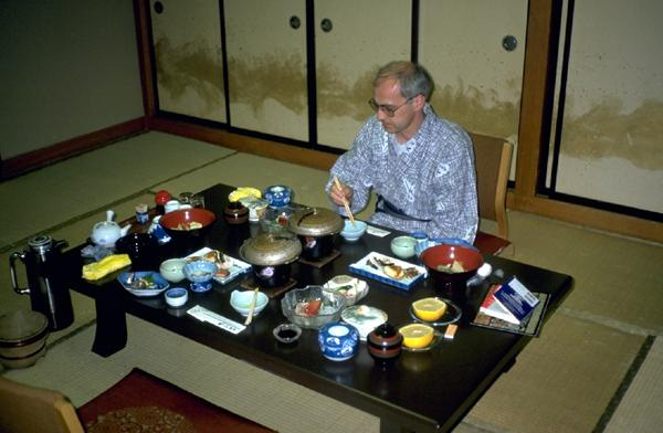 Traditional Japanese Dining Table various arts in choosing the dining table | home decorating tips