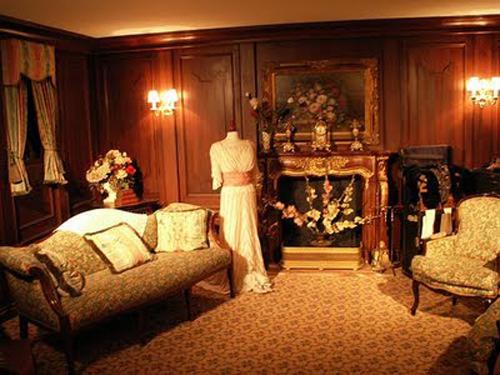 Titanic bedroom theme