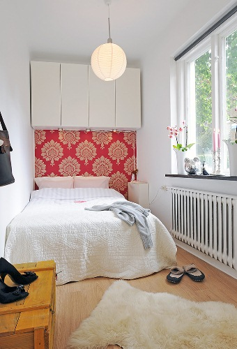 How to Organize A 10x10 Bedroom