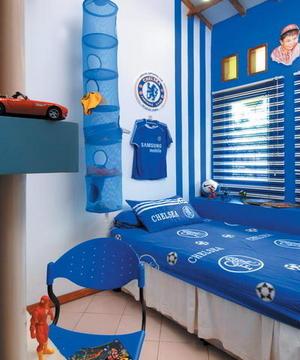 Bedroom Decoration for Chelsea's Little Fan