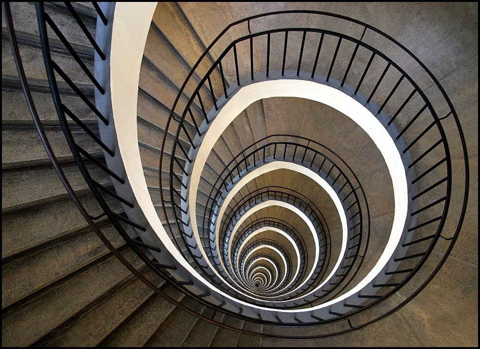 Spiral Staircase, The Solution For Small Room