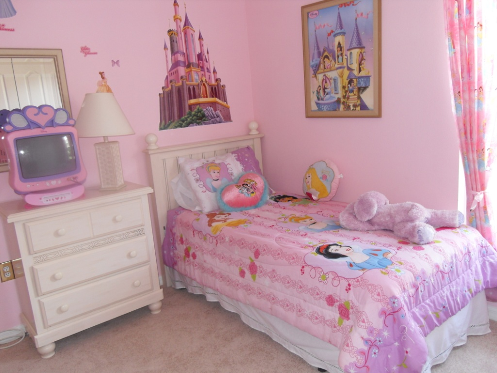 Beautiful Room for the Little Princess