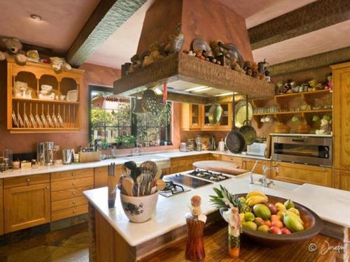 mediteranian kitchen