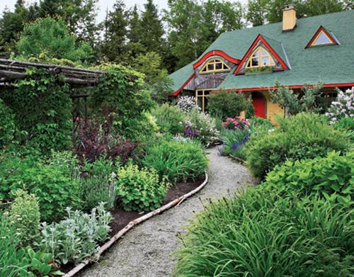 Amazing Cottage Garden