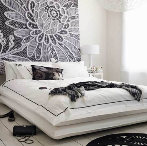 Black and white Floral Bedroom Decoration