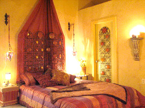 Classic Moroccan Bedroom Design