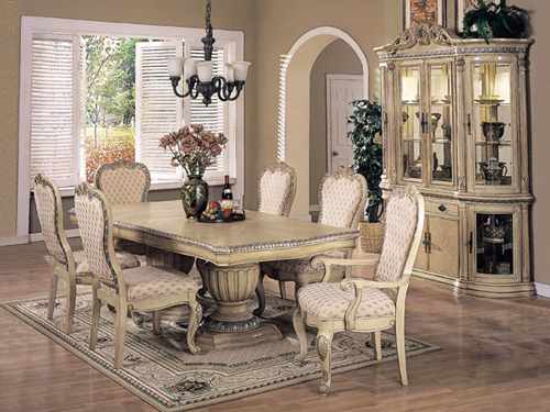 Tips on Dining Room Furniture Arrangement