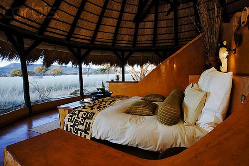 Excotic African Bedroom Design