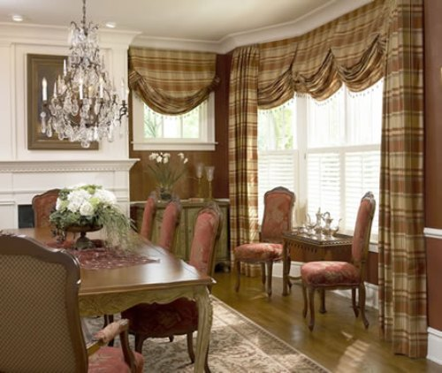 Hanging Draperies in Dining Room