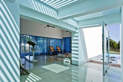 Modern River Home Interior Design