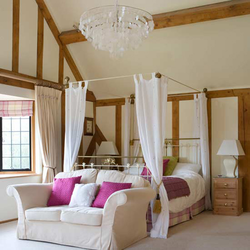 Bedroom Design: Romantic Teen Bedroom