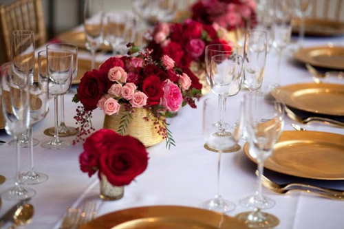 Types of Flower for Gold Decoration at Any Occasion