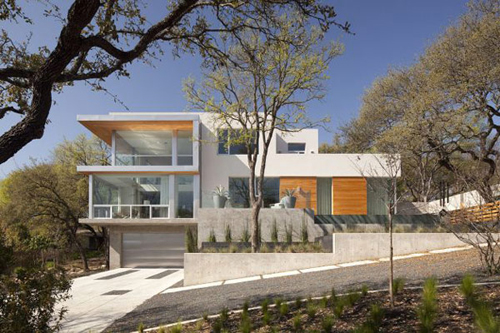 Green Energy House with Solar Panel