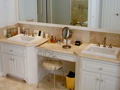 Makeup Arrangement in Bathroom