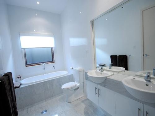 Cheap Bathroom Remodeling Design