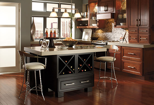 Applying the Suitable Accessories for Kitchen Cabinet