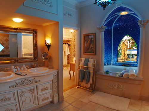 Master Bathroom Suite Design for Luxury Feeling