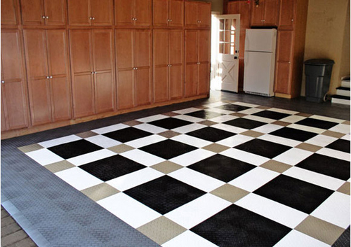 Modern garage flooring design