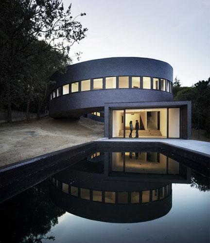 Round Home Design