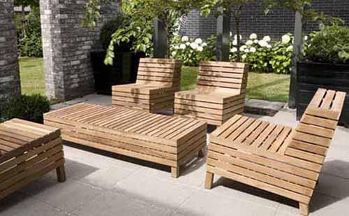 Simple Teak Wooden Furniture