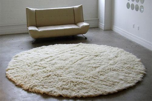 White Round Wool Rug
