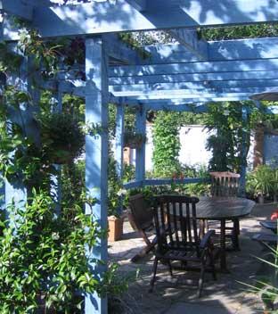 Blue Pergola Garden Design