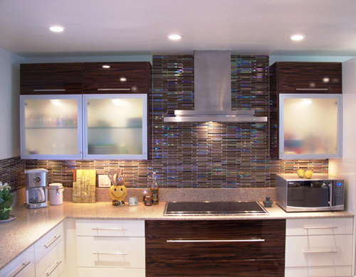 Chic Backsplash Kitchen