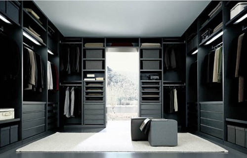 Modern Walk in Closet Door Design
