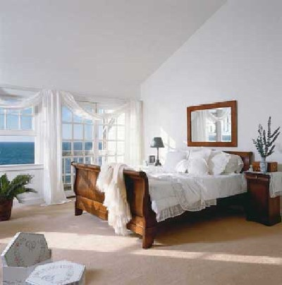 White Insomnia Bedroom Design