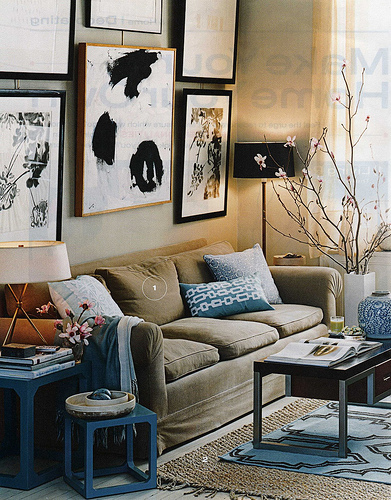 Blue and Brown Wall Decorating Style