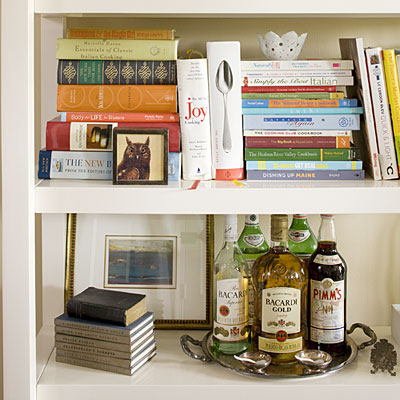 Cool Vibe on Home Bookshelf Decorating