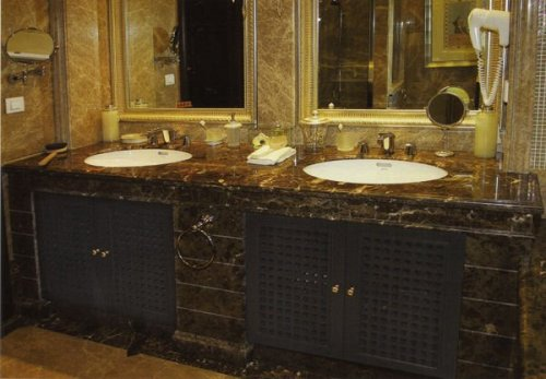 Western Bathroom Style