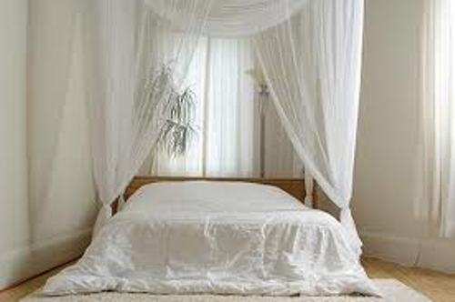 drapery ideas for bedrooms in white