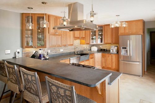 How to Design a Small U Shaped Kitchen in Neat Look – Home ... U Shaped Kitchen Designs Peninsula With Cook Top on remodel kitchens with a peninsula, l-shaped kitchen with peninsula, g shaped kitchen with peninsula, galley kitchen with peninsula,