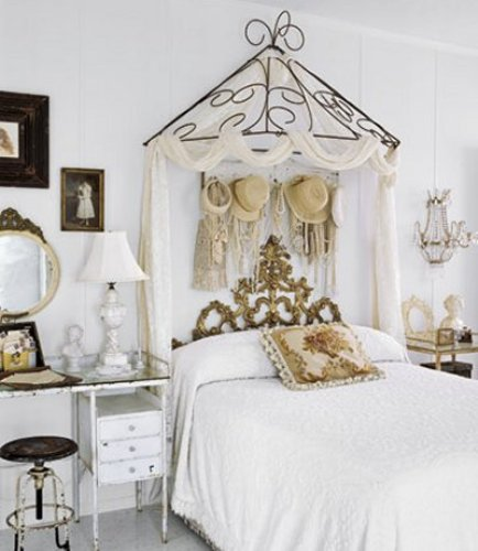 white victorian bedroom furniture